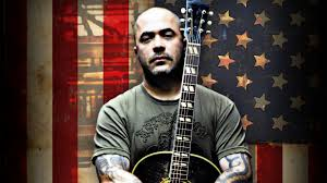 aaron-lewis-with-american-flag